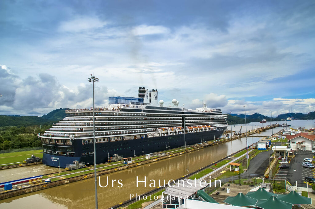 Panama Canal cruise ship Stock Photo